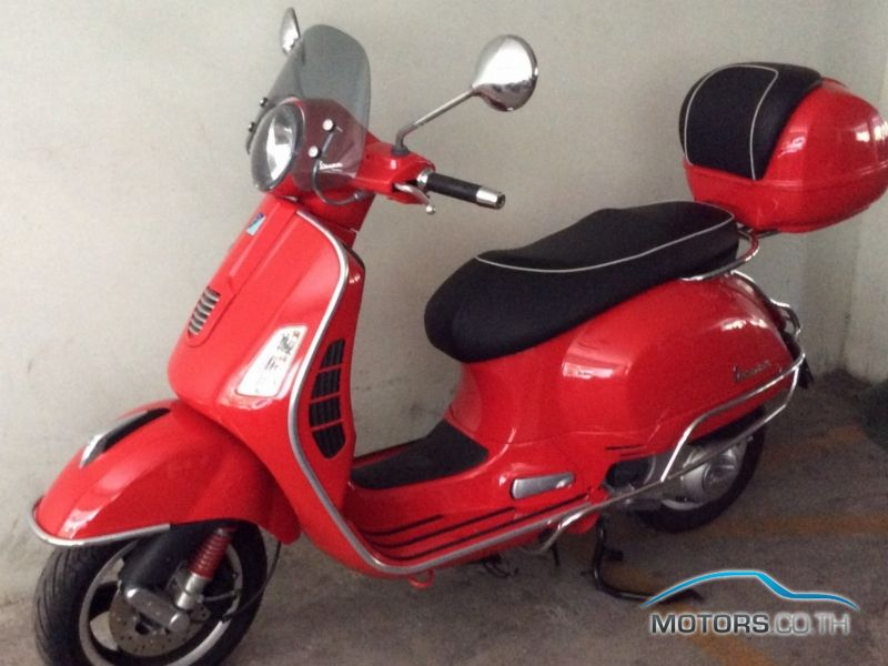 Secondhand VESPA GTS 300 (2015)