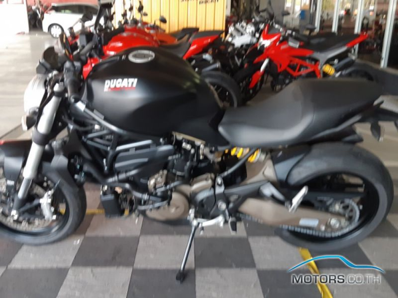 Secondhand DUCATI Monster 821 Dark (2015)