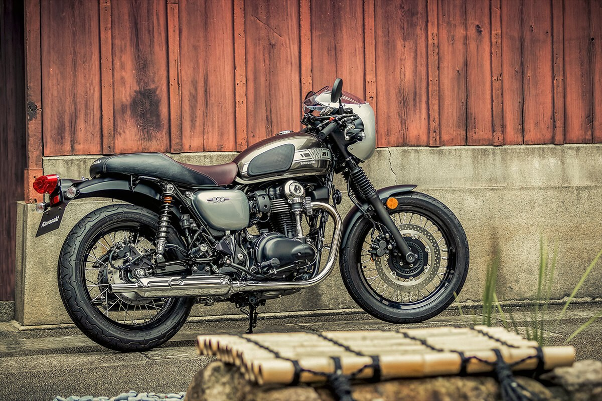 Kawasaki W800 Café 2019 Review