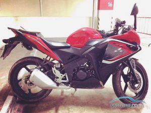 HONDA CR250R (2015)