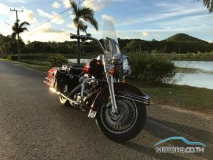 Secondhand HARLEY DAVIDSON Road King (2002)
