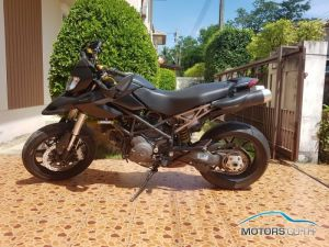 Secondhand DUCATI Hypermotard 796 (2010)