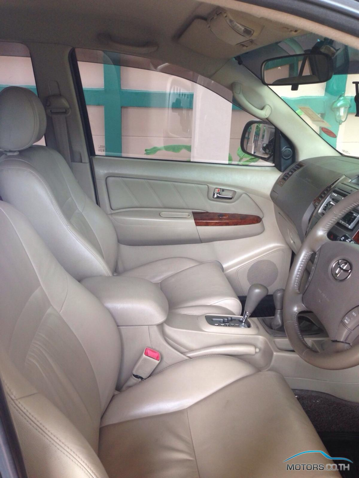 Secondhand TOYOTA FORTUNER (2007)