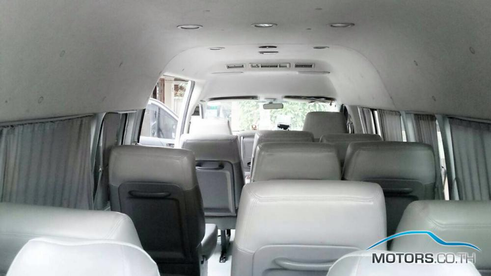 Secondhand TOYOTA ALPHARD (2005)