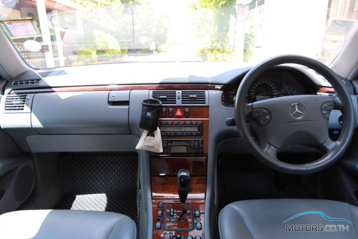 Secondhand MERCEDES-BENZ E CLASS (2002)