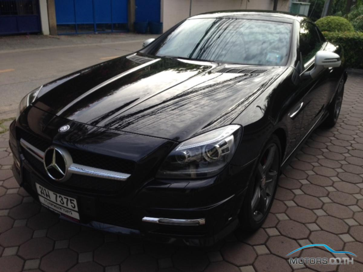 mercedes benz slk class 2012. Black Bedroom Furniture Sets. Home Design Ideas