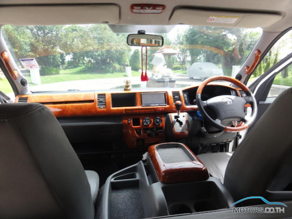 รถใหม่, รถมือสอง TOYOTA VENTURY (2008)