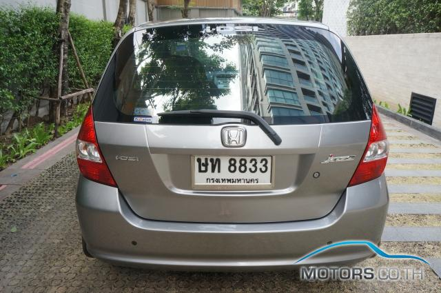 Secondhand HONDA JAZZ (2004)
