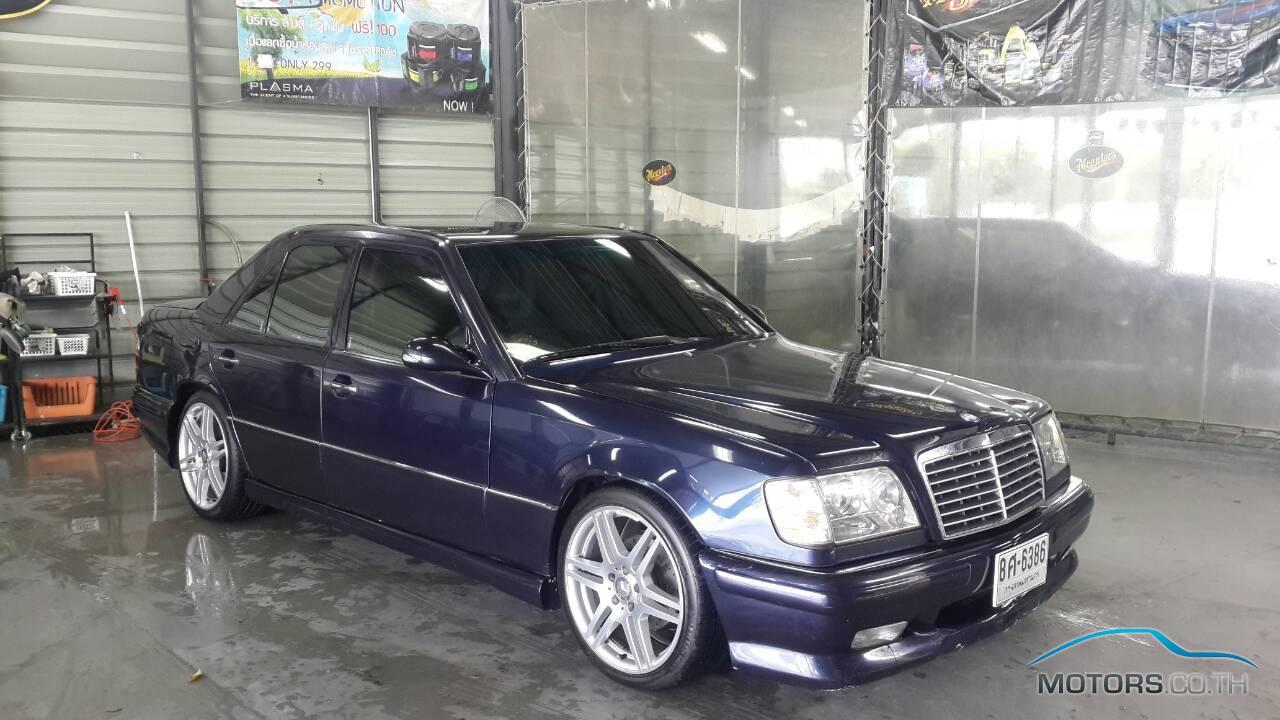 Mercedes benz e class 1995 for Mercedes benz 1995 e320