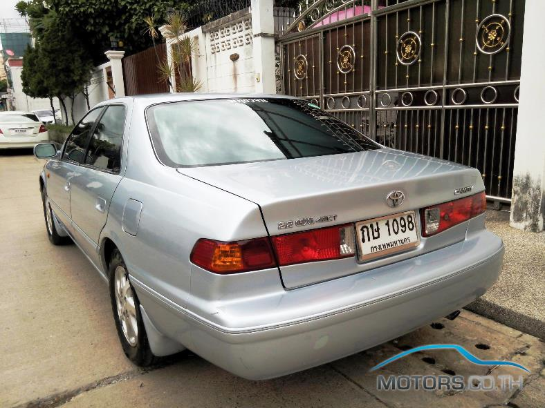 Secondhand TOYOTA CAMRY (2001)