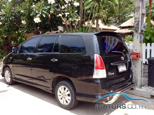 Secondhand TOYOTA INNOVA (2009)