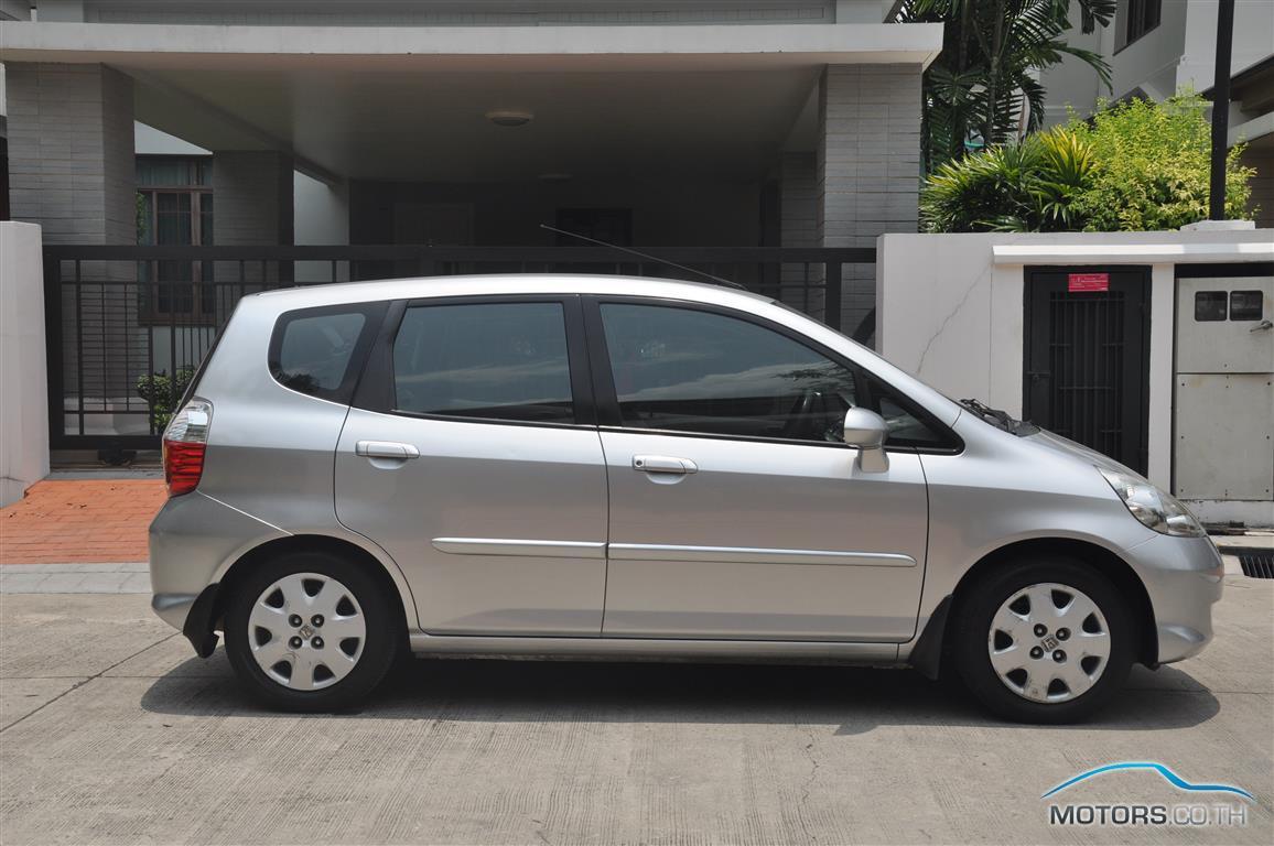 รถใหม่, รถมือสอง HONDA JAZZ (2006)