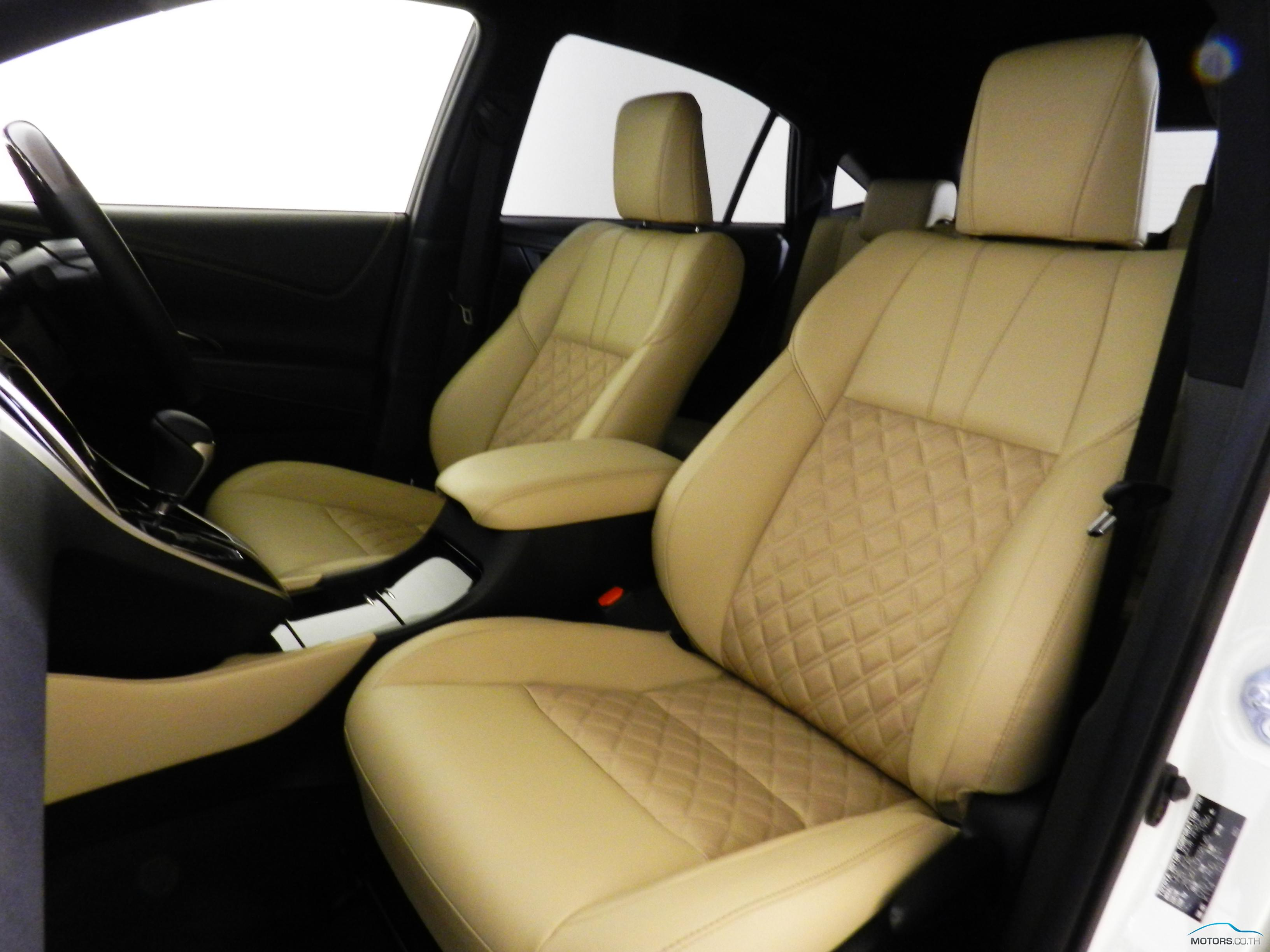 New, Used & Secondhand Cars TOYOTA HARRIER (2015)