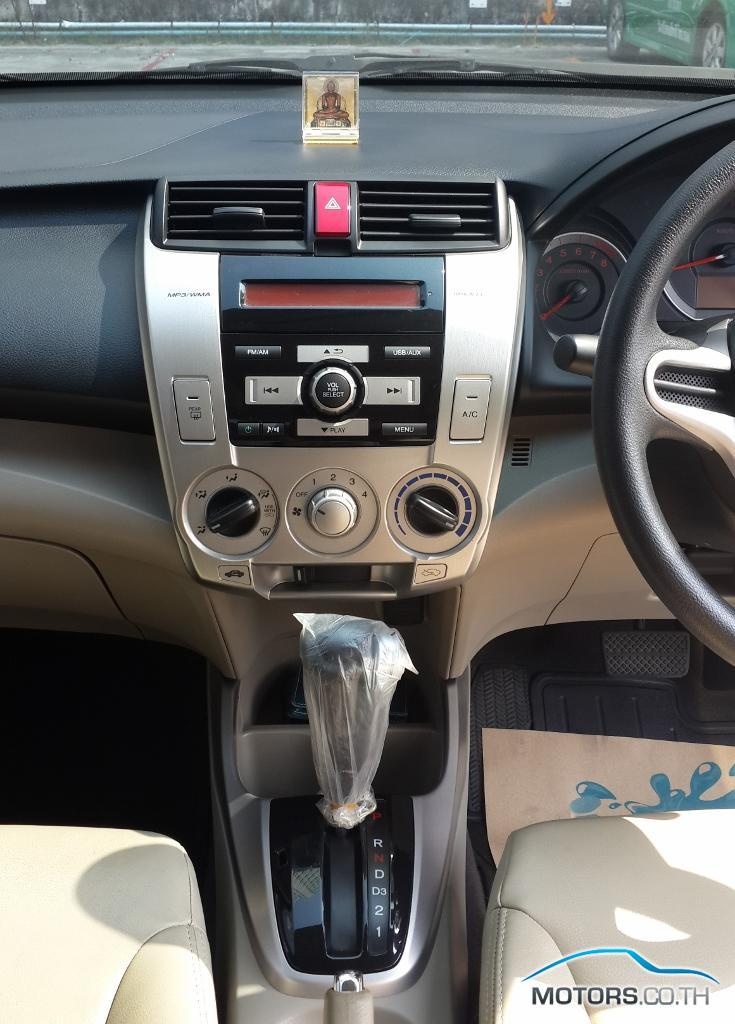 Secondhand HONDA CITY (2011)