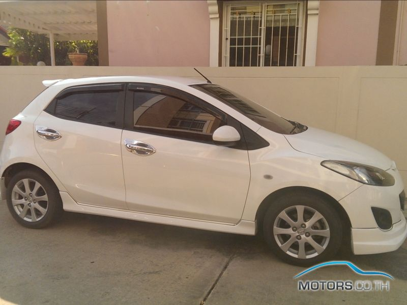New, Used & Secondhand Cars MAZDA 2 (2013)