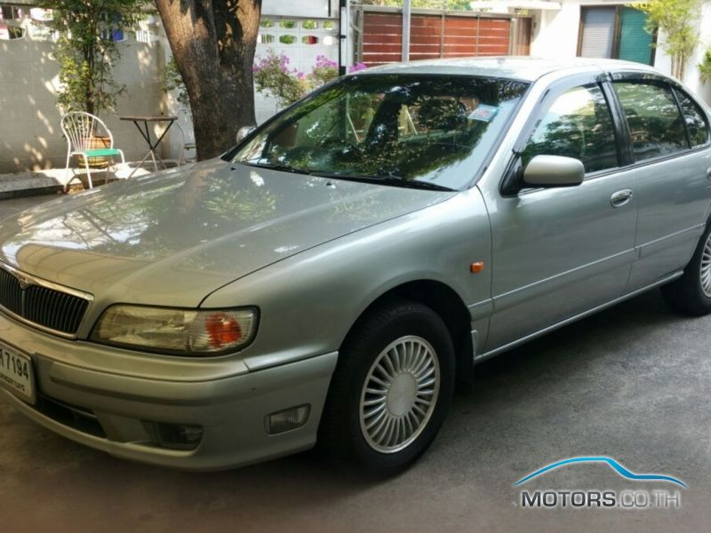 Secondhand NISSAN CEFIRO (2000)
