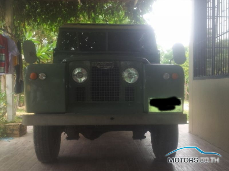 Secondhand LAND ROVER DEFENDER (1966)