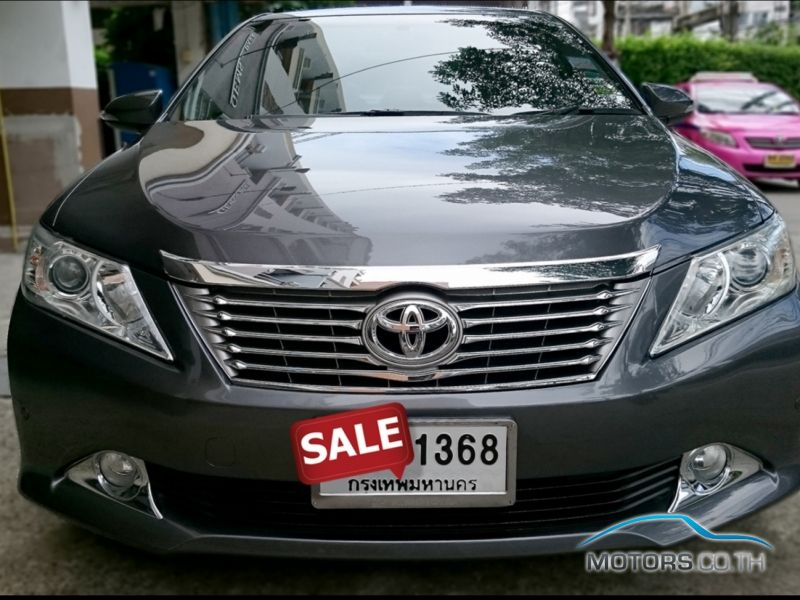 Secondhand TOYOTA CAMRY (2014)