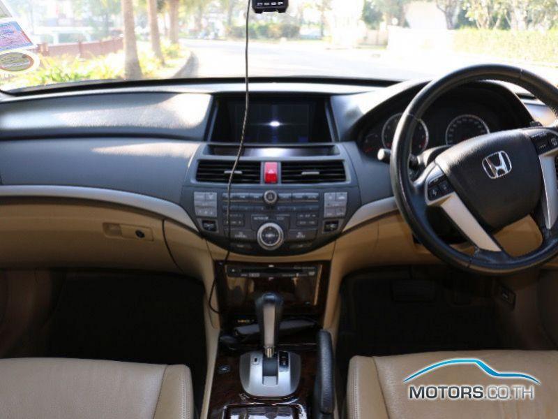 รถใหม่, รถมือสอง HONDA ACCORD (2009)