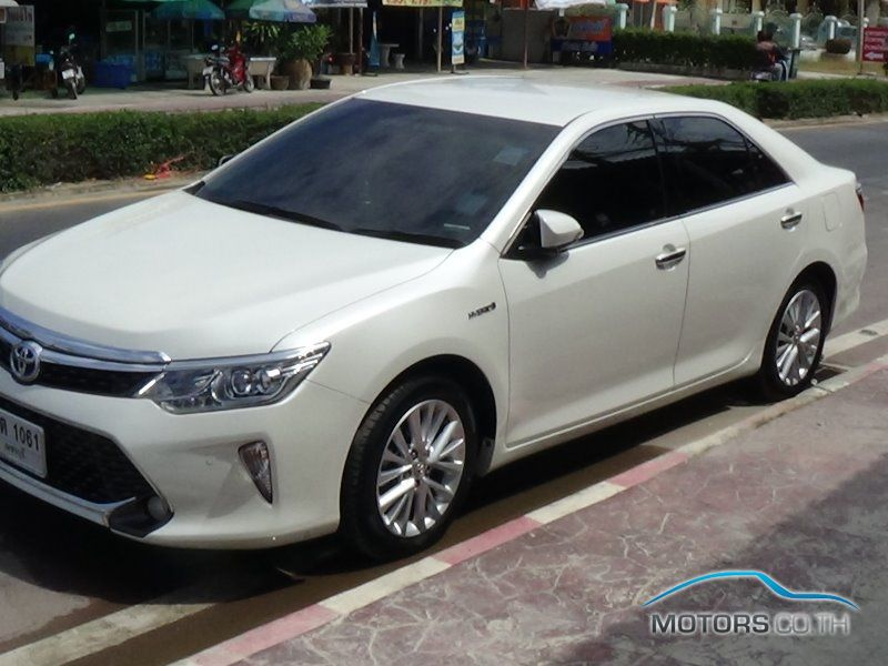Secondhand TOYOTA CAMRY (2015)