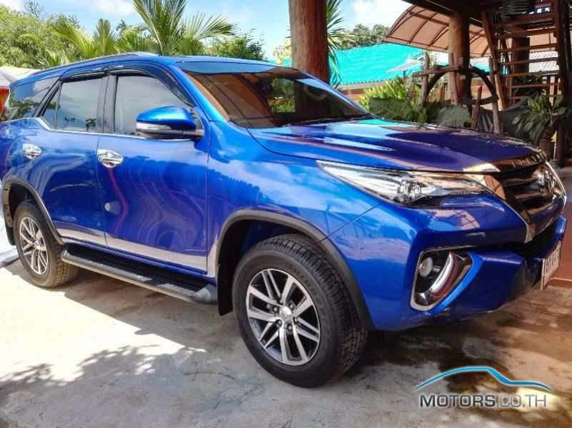 Secondhand TOYOTA FORTUNER (2015)