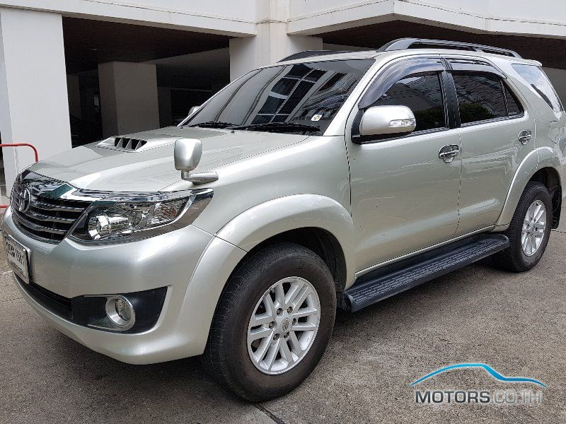 Toyota Fortuner 2013 Motors Co Th
