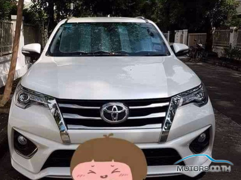 Secondhand TOYOTA FORTUNER (2017)