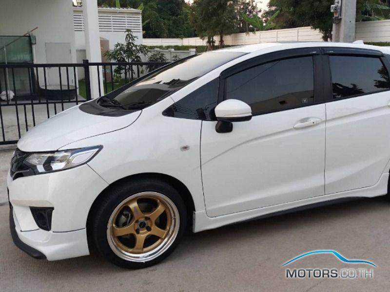รถใหม่, รถมือสอง HONDA JAZZ (2015)