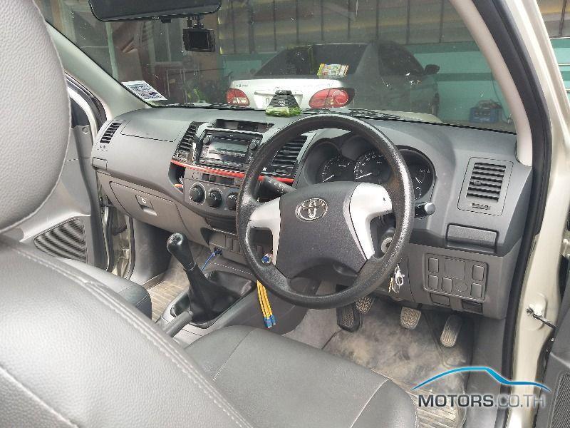 รถใหม่, รถมือสอง TOYOTA HILUX VIGO (2013)