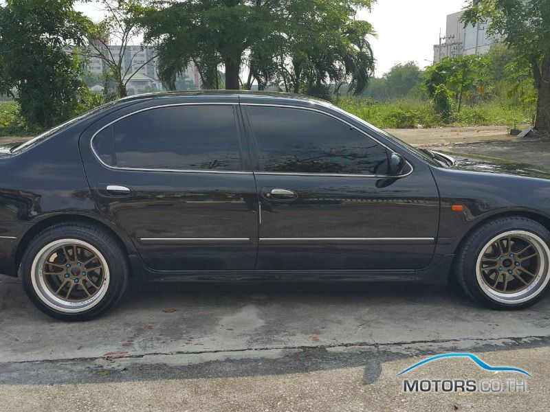 รถใหม่, รถมือสอง NISSAN CEFIRO (2002)