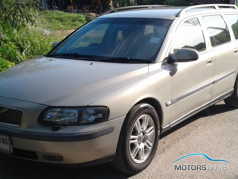 รถใหม่, รถมือสอง VOLVO V70 (2003)