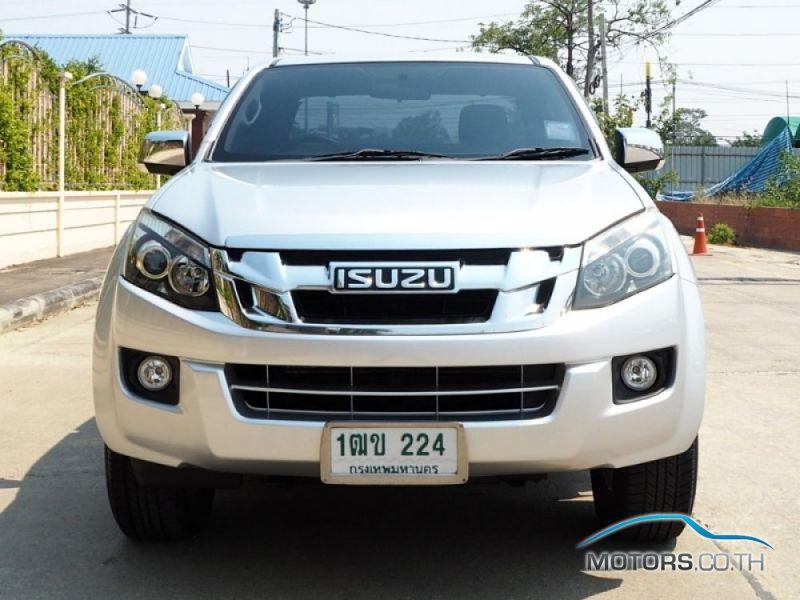 รถใหม่, รถมือสอง ISUZU D-MAX (2013)