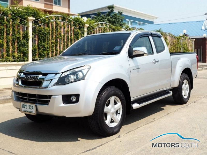 Secondhand ISUZU D-MAX (2013)