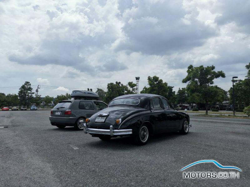 รถใหม่, รถมือสอง JAGUAR DAIMLER (1956)