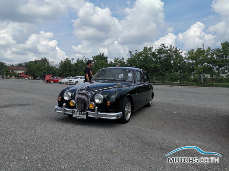Secondhand JAGUAR DAIMLER (1956)