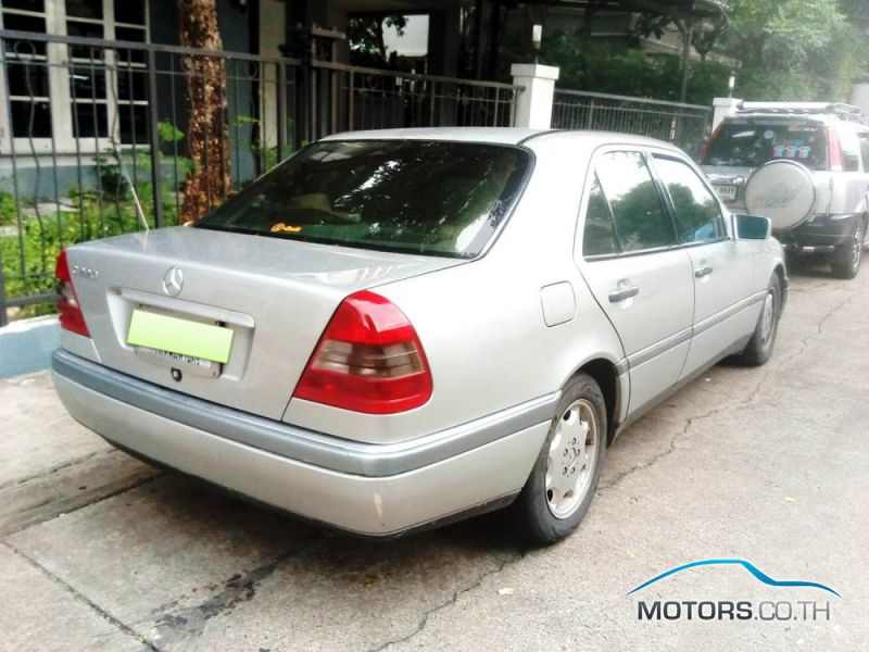 รถใหม่, รถมือสอง MERCEDES-BENZ 220CE (1999)