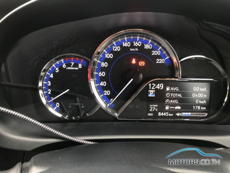 Secondhand TOYOTA YARIS ATIV (2018)