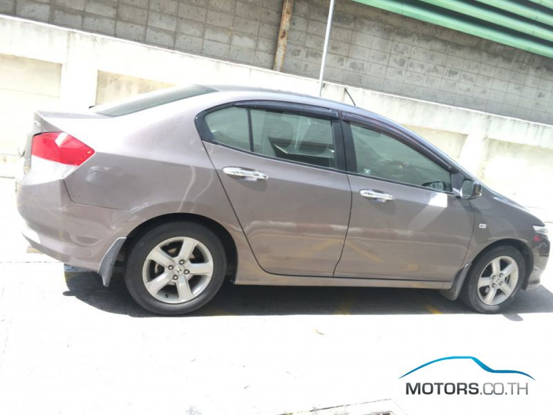 Secondhand HONDA CITY (2010)