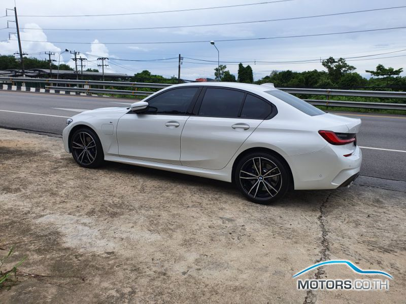 New, Used & Secondhand Cars BMW 330E (2020)