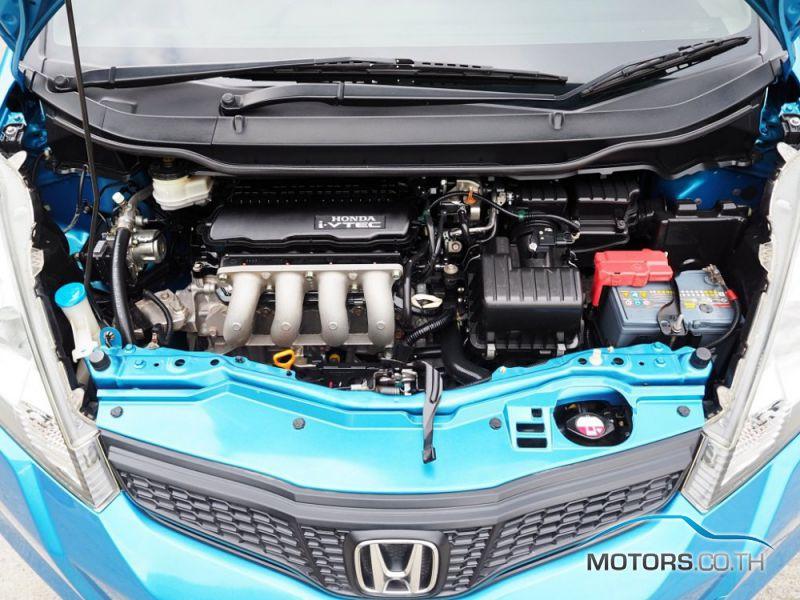 รถใหม่, รถมือสอง HONDA JAZZ (2011)
