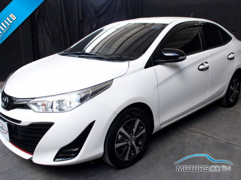 Secondhand TOYOTA YARIS ATIV (2020)
