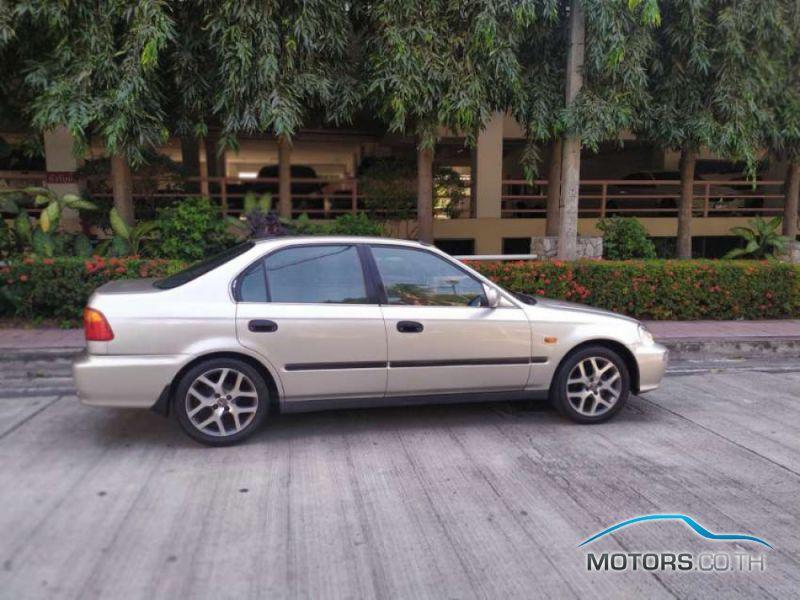 รถมือสอง, รถยนต์มือสอง HONDA CIVIC (2000)