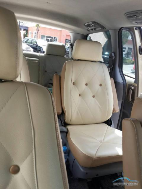 Secondhand KIA CARNIVAL (2002)