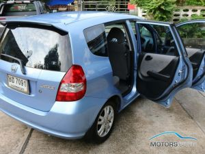 New, Used & Secondhand Cars HONDA JAZZ (2004)