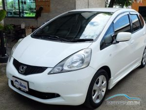 Secondhand HONDA JAZZ (2009)