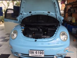 Secondhand VOLKSWAGEN BEETLE (2011)