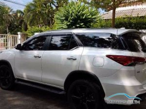 New, Used & Secondhand Cars TOYOTA FORTUNER (2017)
