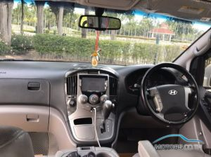 Secondhand HYUNDAI H-1 (2015)