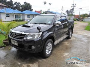 New, Used & Secondhand Cars TOYOTA HILUX (2012)