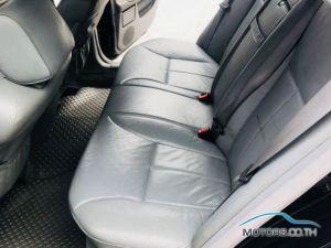 รถใหม่, รถมือสอง MERCEDES-BENZ E240 (2001)